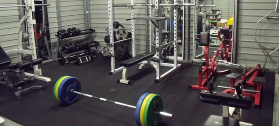 equipamiento y accesorios para hacer un gimnasio de crossfit en casa